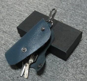 时尚真皮钥匙包定制,100元广告礼品推荐,企业广告礼品定制